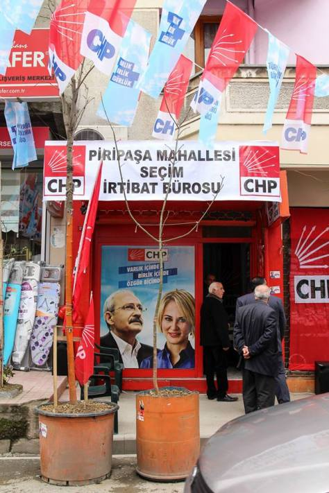 One of the CHP's many campaign offices